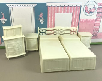 "MPC BEDROOM PIECES, 3/4"" Scale, Soft Plastic, 1960's, Off-White/Light Cream, Vintage Tin Dollhouse Furniture"