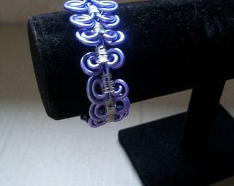 Purple aluminum Wire Bracelet
