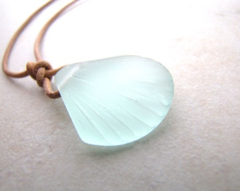 Seashell Necklace, Sea Shell Necklace, Sea Glass Necklace, Seaglass Necklace, Leather Necklace, Beach Jewelry
