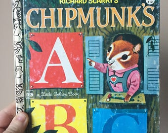 1976 - Chipmunks by Richard Scarry - Vintage and Used - Children's book - Little Golden Book
