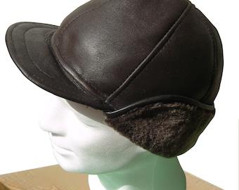 Hat for men type cap with lambskin visor dark brown
