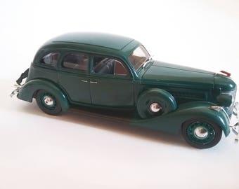 scale car ZIS 101A