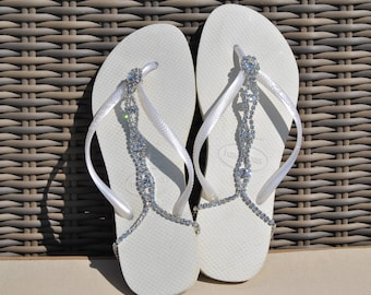 Lolabelles decorated bohemian White Havaianas flip flop thong sandals with Swarovski crystal adjustable ankle bracelet