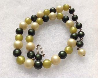 Vintage! Muti color green translucent bead single strand necklace - for small neck.