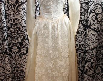 1940's Wedding Gown  Item #186-WG