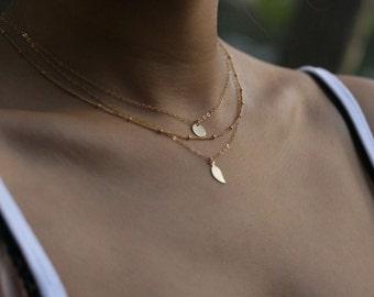 Small leaf and disc layering necklace set - set of 3 necklaces // Gift for her       ES007