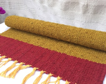 4 hand woven placemats inspired by Africa's stunning fuscia sunsets and rich earthy tones. 100% Hessian