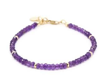 Amethyst gemstone bracelet.