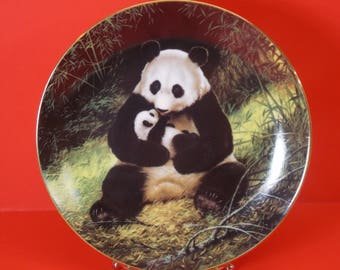 """Last of Their Kind: The Endangered Species """"The Panda"""" Collectors Plate -"""