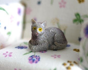 1:12 Dollhouse Miniature cat kitten 1 12th pet