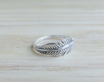 Stacking silver feather ring