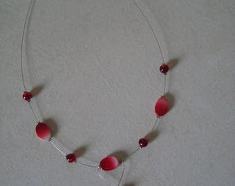 Whimsical necklace in shades of Red