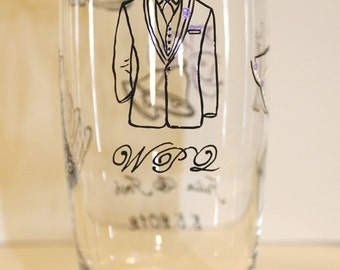 Father of the Groom Cocktail Glass, Wedding Highball Glasses, Iced Tea Water Tumblers Personalized Painted Monogrammed Dated, Lavender Black