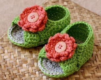 Crochet PATTERN for baby booties - Cross Strap Baby Sandals