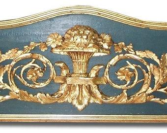 pediment trim above door overdoor louis XVI sculpture decoration