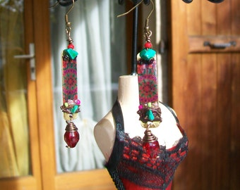 Earring ethnic Bohemian spirit brass and pearls
