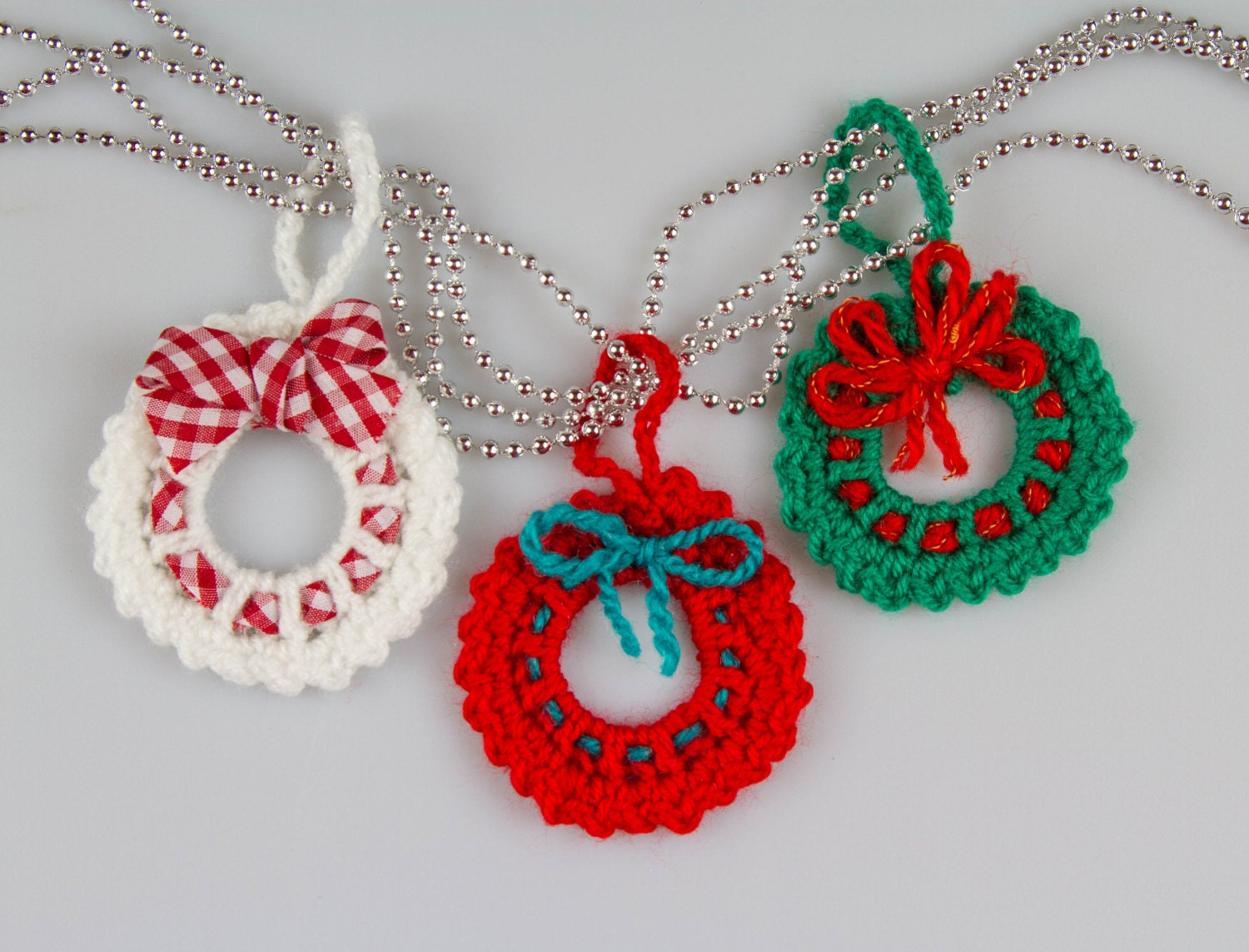 Christmas Crochet Wreath Crochet Pattern Crochet Wreath Brooch