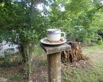 Teacup bird feeder - upright