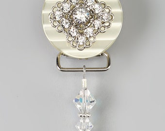 White Beaded Luxury Pacifier Clip  (CSHW) (MSRP 33.00)