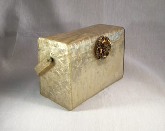 Vintage 1950's Wilardy Pearl Lucite Box Purse Style 1162 / 1062
