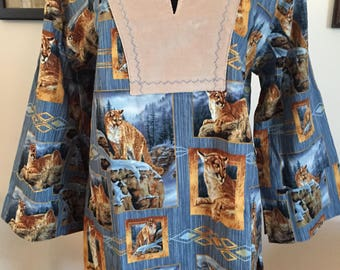 Woman's Handcrafted Tunic Top Blue Wild Cat Mountian Lion Cougar Fabric Size Large 12-14