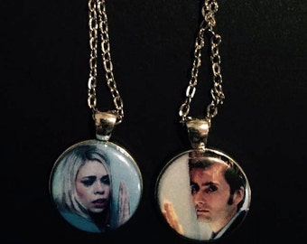 Rose & The Doctor Couples Necklace Set (Doctor Who)