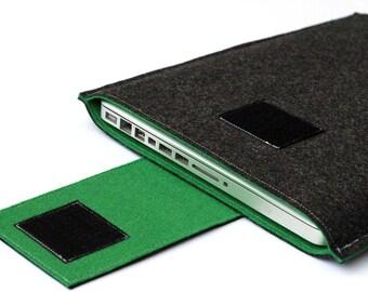 15 pouces Macbook Pro manche, MacBook Pro Cover - gris foncé et vert - Weird.Old.Snail
