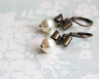 Small Pearl Drop Earrings Antique Brass Bow Romantic Vintage Style Jewelry Ivory Cream Pearl Jewelry Little Earrings Lightweight Everyday