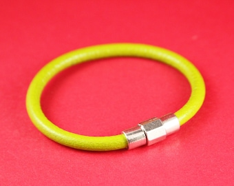 4/1 MADE IN EUROPE 5mm cord magnetic clasp, 5mm round leather cord clasp, round cord zamak clasp (TM5TRCS) Qty1