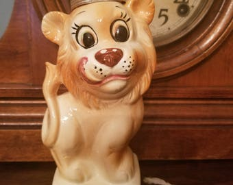 Circa 1950's Wales Japan Ceramic Lion King Tape Measure Pin Cushion Sewing Kitsch