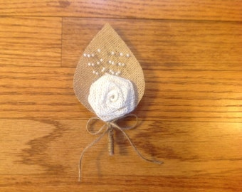 Burlap Boutonnieres - Rustic Country - Victorian Wedding