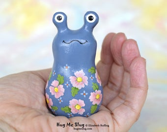 Handmade Hug Me Slug Figurine, Miniature Sculpture, Blue, Pink Floral, Animal Charm Figure with Flowers, Personalized Tag