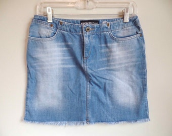 Vtg Womens Express Denim Jean Skirt Cut Off // Size Small 3/4