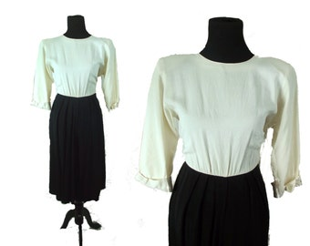 Vintage 80s Black and White Gaucho Pallazzo Pant 3/4 sleeve Midi Dressy Jumpsuit Romper M