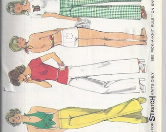 Simplicity 6354 Vintage Sewing Pattern from 1974;  Misses Hip Hugger Pants or shorts, Pullover Top and Halter  (Stretch Knits only) Bust 34