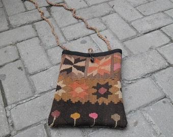 little color pretty black braun marrone wool hand spun faded kilim bag, turkish bag, handmade bag, vintage shoulder bag, cm 24x31