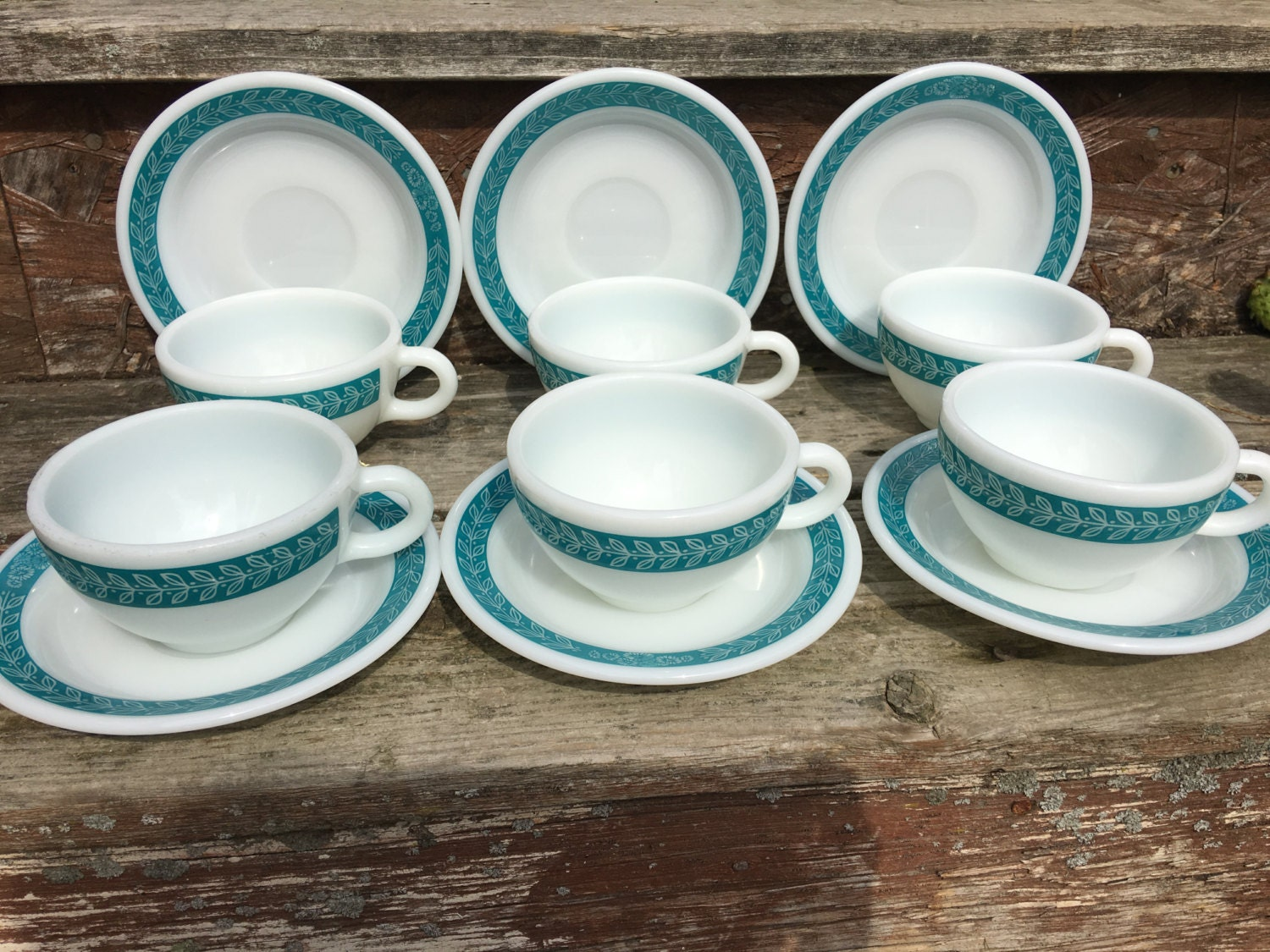 Vintage Pyrex Bluegrass Laurel Teal Heavy Duty Cup and Saucer Set of 6 Laurel Leaves Rim Dinnerware Restaurant Style White and Turquoise & Vintage Pyrex Bluegrass Laurel Teal Heavy Duty Cup and Saucer Set of ...