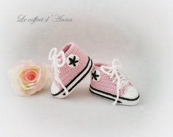 baby booties 0-3 months, pink, baby booties wool knitted baby booties crochet baby converse baby booties, baby sneakers