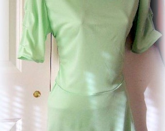 Stretch Tunic or Flapper dress, MARSHMALLOW MINT, Size S, White lace details, bustle, short sleeve,cowl