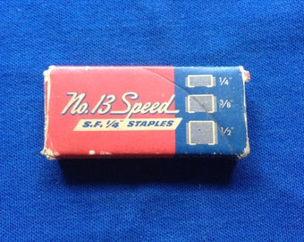 Boite discontinue Vintage, années 1950 n ° 13 Vitesse agrafes