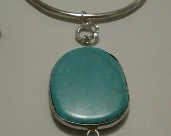 Bold Modern Turquoise Howlite Pendant Necklace