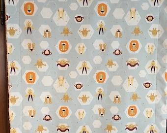 Cover /plaid Savannah pattern