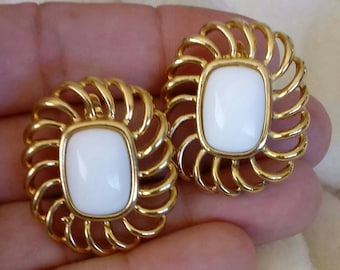 "Trifari TM 1 1/4"" White Cabochon and Goldtone Swirl Design Clip-On Earrings - Vintage"
