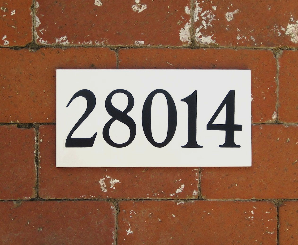 Outdoor house numbers white or cream ceramic tile numbers zoom dailygadgetfo Image collections