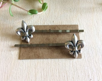 Handmade vintage style fleur de lis  bobby pins // gift idea for her // jolidsh gift for her// french france st louis louisville New Orleans