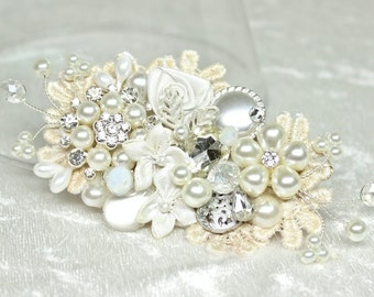 Bridal Hair Comb- Bridal Hairpiece- Vintage Inspired Comb- Bridal Hair Accessories- Wedding Hairpiece- Pearl Hairpiece- Wedding Hair Comb
