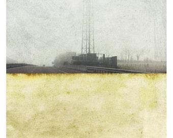 Pole industriel (Landscape Photography - Fine Art Print - Industrial - Painting - Color Block -  light yellow )