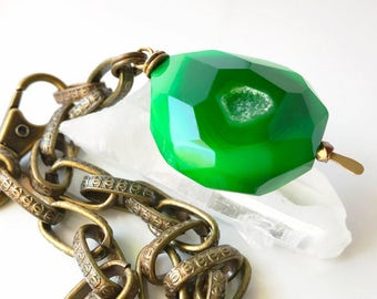 Large Green Druzy Choker, Bright Green Agate Druzy Pendant Choker Necklace, Geode Necklace, Gemstone Choker