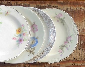 Mismatched Vintage Side Plates Set of 4 Dessert Plates, Bread and Butter, Bridesmaid Luncheon, Tea Party