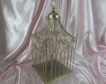 Decorative Bird Cage,, VINTAGE Gold Wire Victorian Style ,, VTG Metal Brass House Cage,, French Home Decor